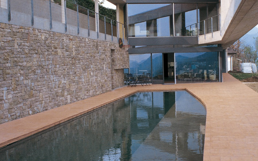 Villa privata con piscina in Svizzera